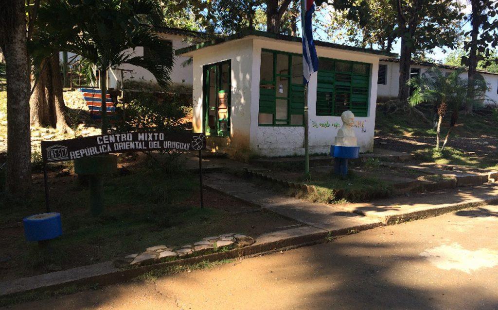 Las Terrazes Community School